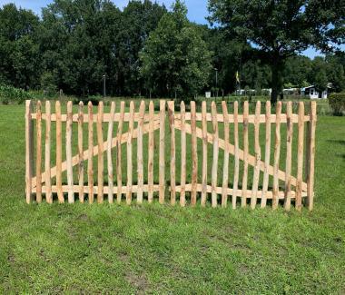 Chestnut gate 300cm width