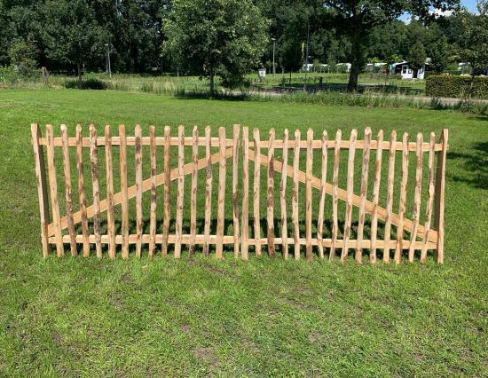 Chestnut gate 350cm breit