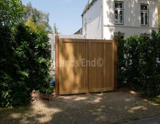 Chopin Gate
