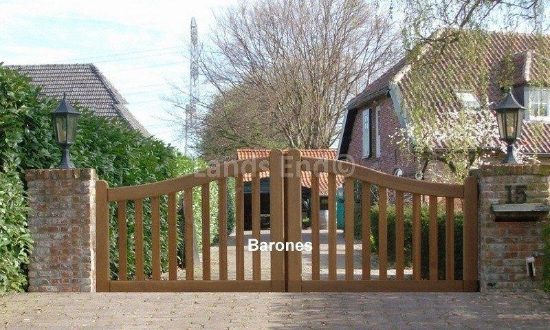 Zeer Hardhouten poort Baron, de klassieker van | Lands End @EE34